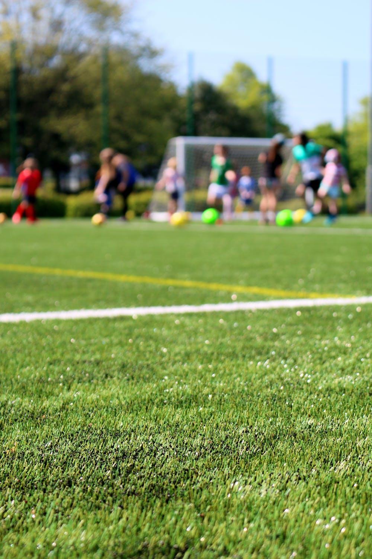 Vanaf 2020 moet beheer sportvelden zonder bestrijdingsmiddelen