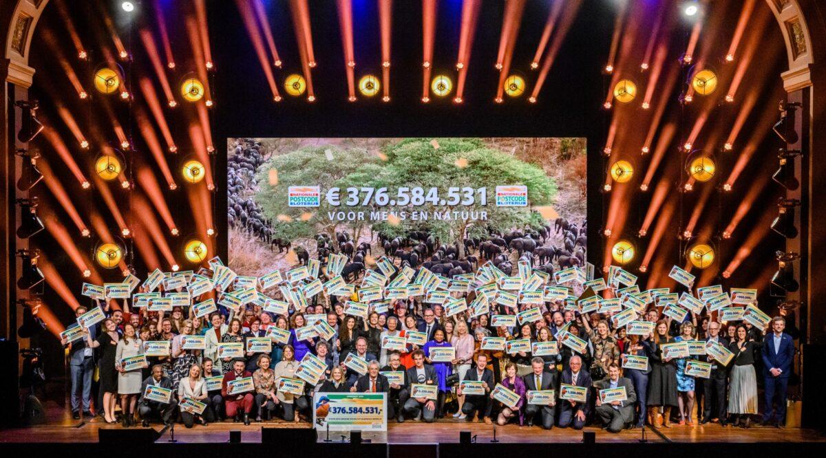 Jaargala Postcode Loterij: recordschenking goede doelen en extra miljoenen voor herstel van biodiversiteit